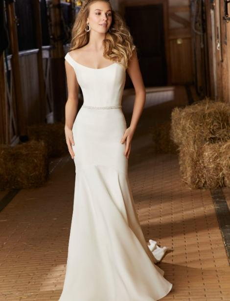 Women modeling MB Bride  SKU 75819