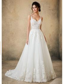 Model wearing MB Bride SKU 75823